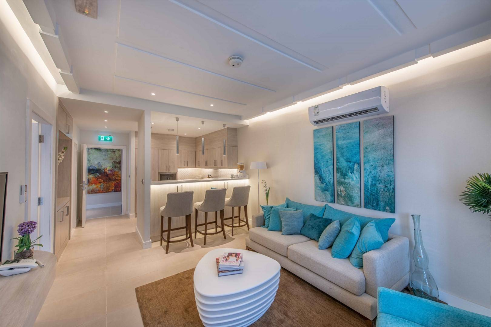 Stylish Apartment | Resale | Sea View