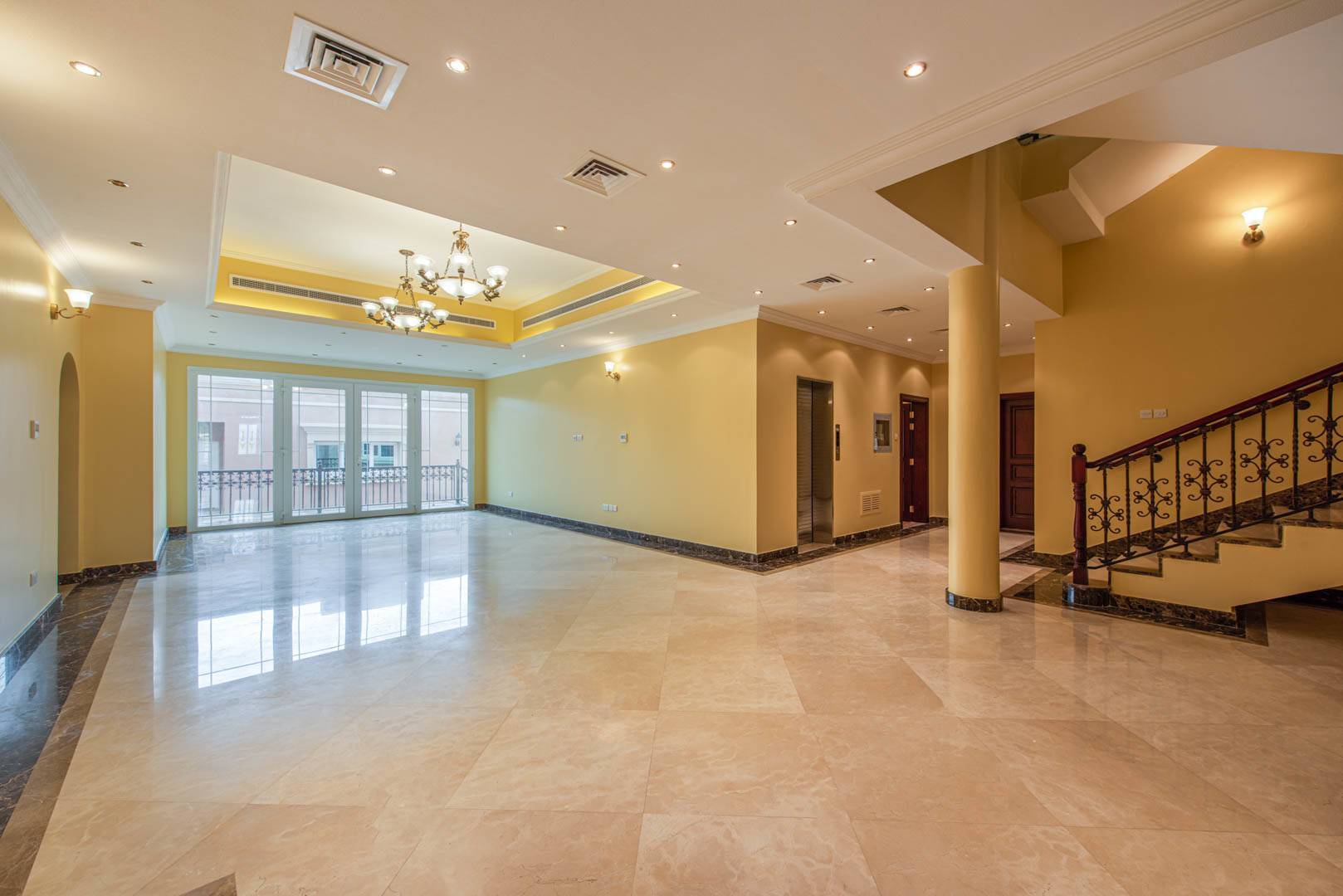 2 Storey Villa | Elevator | Maids Room