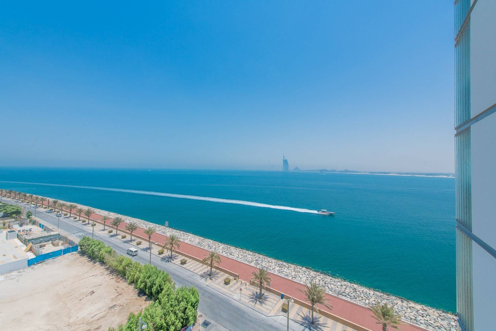 Dubai Skyline View | Sea View | Luxurious