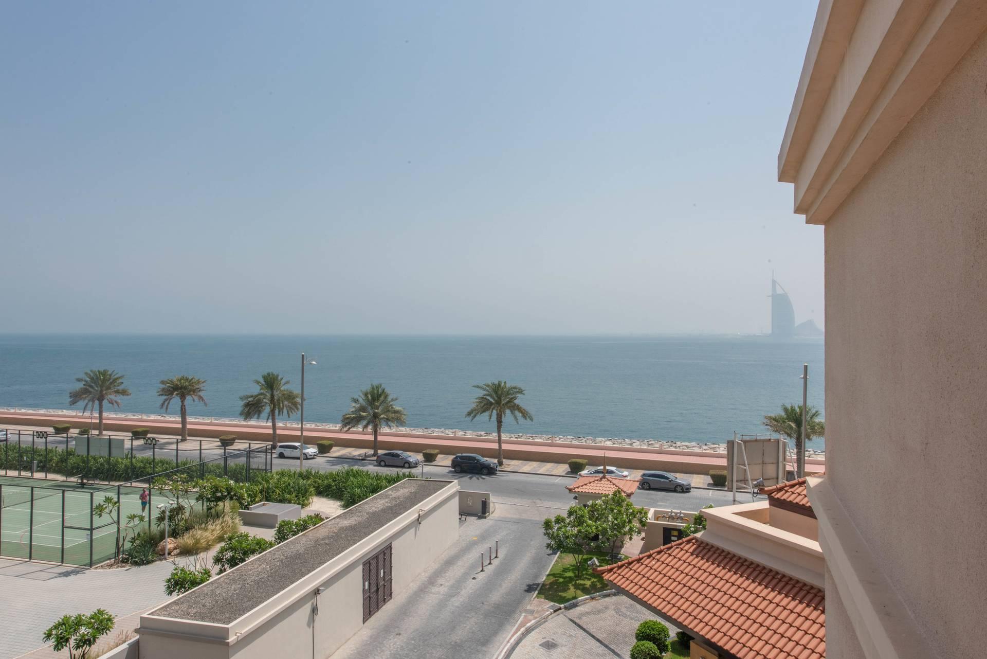 Sea View I Balcony | Fully Furnished
