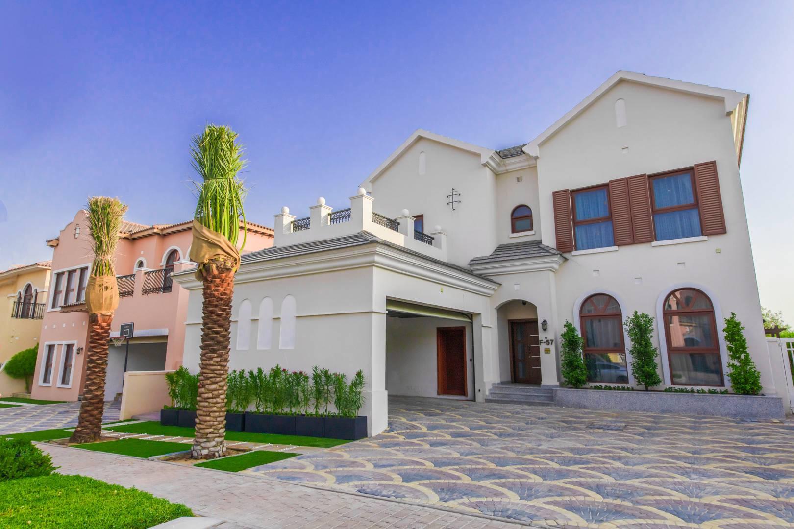 Furnished 4 Bedroom Villa | Stunning Golf View