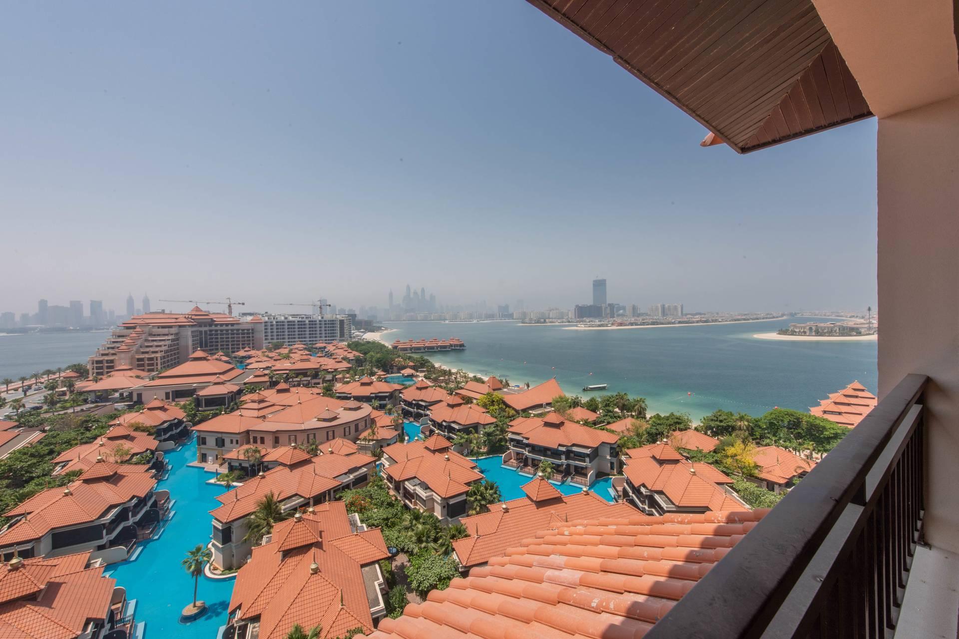 Palm View | Sea View | Beach Access | Balcony