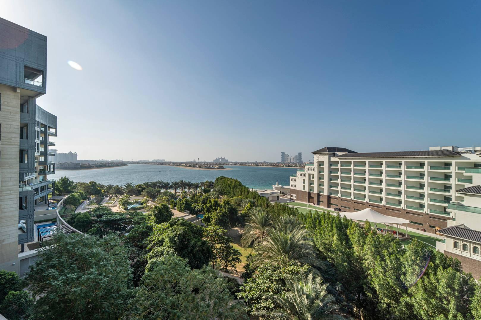 Apartment, sale in The Crescent Dubai, UAE
