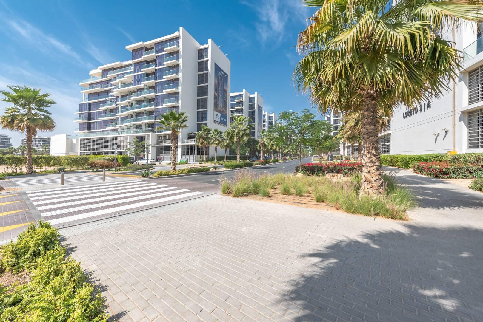 Апартаменты, sale в Golf town Дубай, ОАЭ