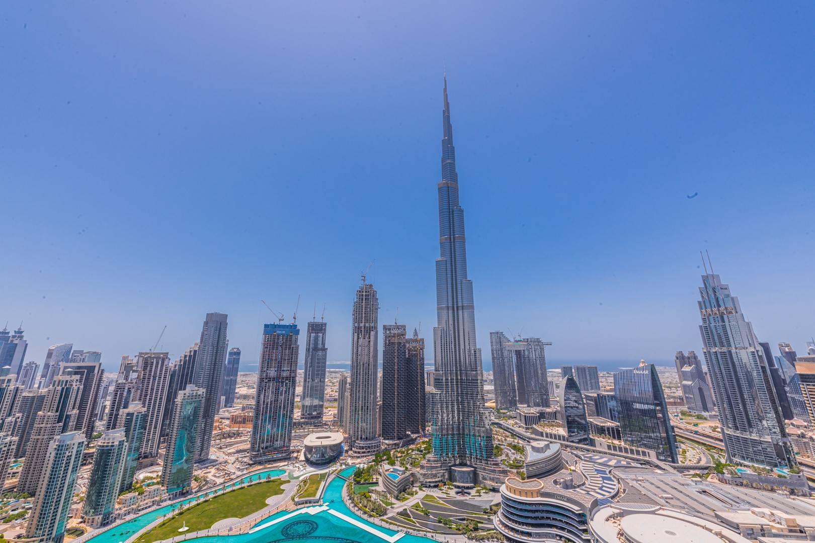 Apartment, rent in The Address Downtown Dubai, UAE