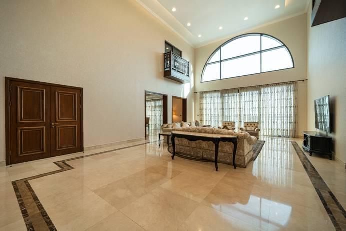 SALE in The Fairmont Palm Residence North-Dubai-UAE