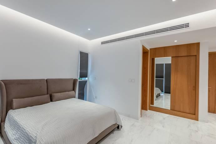 SALE in 1 JBR-Dubai-UAE